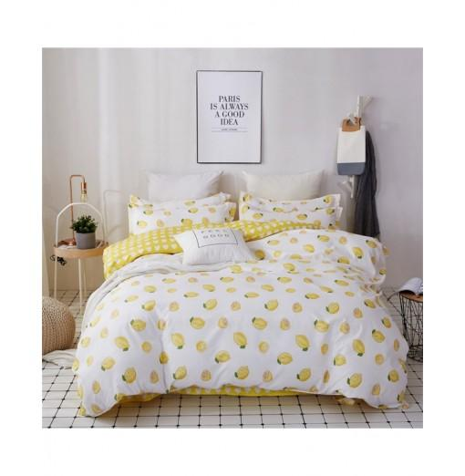 OMONNES Four Sets of Crisp and Simple Sheets on The Bed with Lemon C