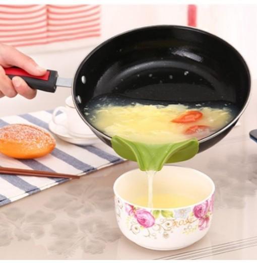 Anti-spill Kitchen Utensils Indirect Deflector